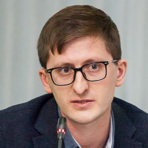 Руслан Казыханов